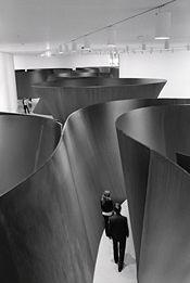 Richard Serra, Guggenheim Museum, Bilbao…Read the postRichard Serra, Guggenheim Museum, Bilbao Richard Serra, Land Art, Art Et Architecture, Installation Architecture, Instalation Art, Interactive Art, Exhibition Space, Exhibition Ideas, Expositions