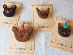 Not sure I like the animals, but I like the idea of handmade felt broaches/badges as a party take-home gift