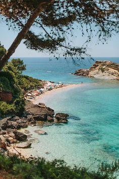 #Tourkopodaro #beach | White Rocks Hotel & bungalows | Photo by Adrian Wood Photography