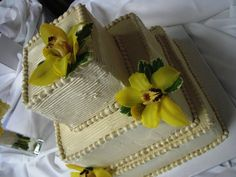 Loved the intentional roughness of this cake against the perfection of the orchids Pastry Shop, Specialty Cakes, Celebration Cakes, Wedding Anniversary, Orchids, Wedding Cakes, Birthday Cake, Desserts, Food