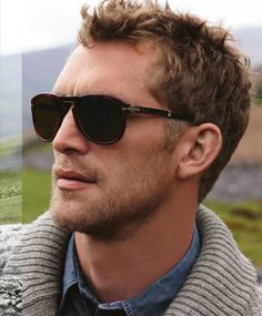 Nice sunglasses! (Will Chalker)