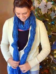 DIY- yarn scarf- no knit