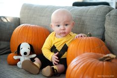 I was going through some of last year's photos and just had to share a couple shots of Quinn's first Halloween costume. With that bald head, Charlie Brown wasn't much of a stretch! I just threw som...