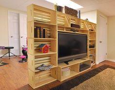 Muebles de palets: Mueble para la TV hecho con cajas de fruta