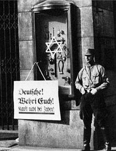 """""""¡Alemanes! ¡Defiéndanse! ¡No compren a los judíos!"""""""