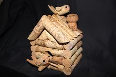 wine cork crafts | Bird House 57 corks + 1 champagne cork