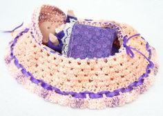 Peter Rabbit Amigurumi Pattern : 1000+ images about cradle purse on Pinterest Purse ...