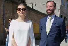 """On the second day of their visit to Venice, Italy, Hereditary Grand Duke Guillaume and Hereditary Grand Duchess Stéphanie visited the """"Viva Arte Viva"""" official exhibition at the Venetian Arsenal (Arsenale di Venezia) in Venice, Italy. The Arsenale complex still operates in a much-reduced fashion for boat supplies, but part of the complex has been renovated to be used for Venice's elite Biennale art exhibitions. On the second day of their visit to Venice, Italy, Hereditary Grand Duke…"""