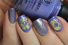 Oriental nails from neglelakkmani.com - so beautiful.