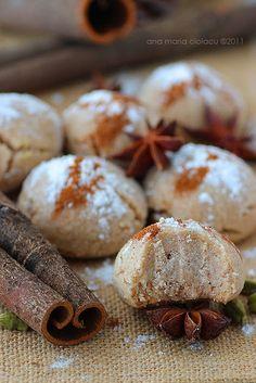 Cinnamon Cookies - moist, delicious and vegan! (recipe in Romanian)