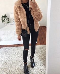 Winter Outfit Coat Pants Scarf Boots Gloves Handbag Dollhouse Accessories Hg