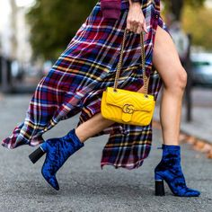 11 Velvet Boots That Take Your Look From Dull to Daring in a Moment's Time Fashion Weeks, Fashion 2017, Womens Fashion, Fashion Trends, Net Fashion, Ysl, Givenchy, Velvet Ankle Boots, Velvet Fashion