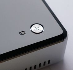 NUC5i3RYK Power Button
