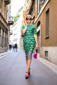 ASOS dress DVF clutch FAITH heels VJ-STYLE green ring GIANT VINTAGE sunnies BACKSTAGE chain ring