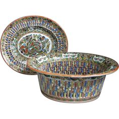 Chinese Export Thousand Butterfly Reticulated Fruit Basket and Underplate