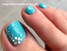 While a lot of attention goes in decorating the fingernails, you may often neglect the pedicure part. Also, sometimes the manicure ideas are not practical for pedicure. Take the use of caviar beads as. Fancy Nails, Love Nails, Diy Nails, How To Do Nails, Pretty Nails, Pretty Toes, Simple Toe Nails, Summer Toe Nails, Summer Pedicures