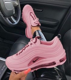 Today, Sneakers come in different sizes and shapes. Shoe companies of today develop special types of sneakers for people with flat feet, high arch. Pink Nike Shoes, Nike Air Shoes, Pink Nikes, Shoes Jordans, Nike Socks, Pink Nike Air Max, Pink Jordans, Cute Nike Shoes, Nike Footwear