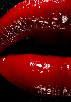 red is my favorite color. It holds power. Nagel Blog, Simply Red, Kissable Lips, Glossy Lips, Beautiful Lips, Red Aesthetic, Pink Lips, Shades Of Red, Red Lipsticks