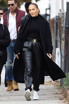 Jennifer Lopez cuts boss look in Chanel belt as she shops for real estate with Alex Rodriguez in LA J Lo Fashion, Fashion 2020, Fashion Outfits, Womens Fashion, Fashion Trends, Chanel Fashion, Classic Fashion, Runway Fashion, Jennifer Lopez