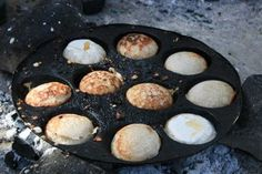 vitumbua mmm.... Griddles, Griddle Pan, Africa, Kitchen, Cooking, Grill Pan, Kitchens, Cuisine, Cucina
