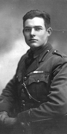 Ernest Hemingway est un homme déjà blessé