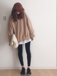 ファッション ファッション in 2019 Korean Girl Fashion, Korean Fashion Trends, Ulzzang Fashion, Japanese Fashion, Cute Fashion, Asian Fashion, Fashion Outfits, Womens Fashion, Korean Outfits