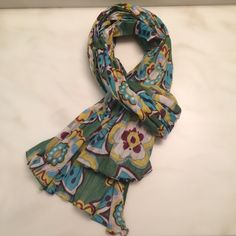 Fun floral scarf Cotton / linen scarf is lightweight, yet lots of material. Can be worn as a shawl or tied into a scarf around the neck. Accessories Scarves & Wraps
