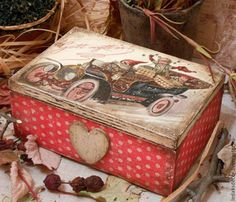 with an old car Diy Christmas Gifts, Holiday Crafts, Vintage Christmas, Christmas Ornaments, Decoupage Wood, Decoupage Vintage, Dyi Crafts, Paper Crafts, Boxes And Bows