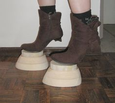 Hoof boot tutorial, not digging it, but good form.