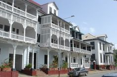 Paramaribo is a former Dutch colonial town in Suriname, from the 17th and 18th centuries planted on the northern coast of tropical South America. The original and highly characteristic street plan of the historic centre remains intact. Its buildings illustrate the gradual fusion of Dutch architectural influence with traditional local techniques and materials.