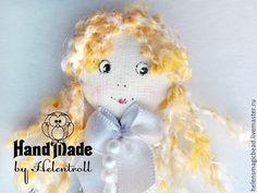 Купить Брошь Элька - белый, куколка, настроение, брошь ручной работы, текстильная брошь
