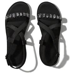 Abercrombie & Fitch Embellished Faux Leather Cross Strap Sandals ($29) ❤ liked on Polyvore featuring shoes, sandals, sapa, polish shoes, strap sandals, embellished shoes, adjustable strap shoes and abercrombie & fitch