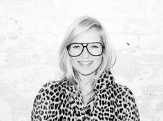 Famous photographer Terry Richardson shared some of his personal photos of supermodel Kate Moss at his studio. The British beauty, Kate goes geek chic as she Terry Richardson, Kate Moss, Sweater Weather, Karl Lagerfeld, Looks Street Style, Girls With Glasses, Funky Glasses, Inspiration Mode, Funny Tattoos