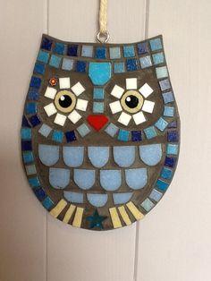 LorraineUdellMosaics                                         Blue round mosaic owl