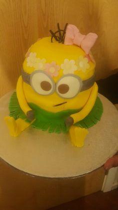 Birthday minion cake birthdaycake minion sugarcraft cake the my first go at beach lady minion cake templatesminion maxwellsz