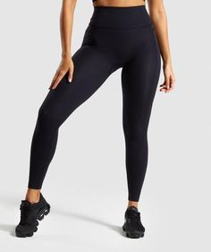 Ideal for hitting the gym, playing sports and running, our form-flattering women's gym leggings provide superior comfort for intense workouts. Shop our full range today. Nylons, Women's Leggings, Black Leggings, Workout Leggings, Tights, Tight Neck, Models, Overall, Athletic Wear