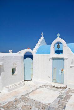 Chapel in Agios Stefanos, Mykonos
