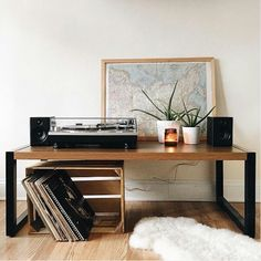 #speakersandcoffee #interior #vinyl #sound #hifi #record #amp #audio #player #speaker #shelf #decor #industrial #interiordesign #design #flat #furniture #interiors #speakers