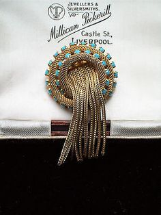 DELIGHTFUL VINTAGE JEWELLERY GOLD MESH TURQUOISE JELLYFISH BROOCH/SHAWL PIN. SOLD.