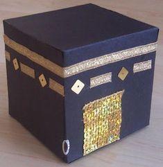 Islamic Homeschooling: Model of Qaaba Eid Crafts, Ramadan Crafts, Ramadan Decorations, Islamic Books For Kids, Islam For Kids, Ramadan Activities, Activities For Kids, Decoraciones Ramadan, Art For Kids