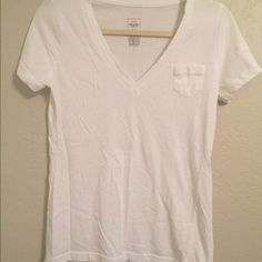 Mossimo Boyfriend pocket tee Excellent condition. (Just wrinkled :) Mossimo Supply Co Tops Tees - Short Sleeve