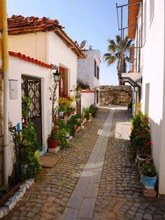 Seferihisar-Izmir / Turkey - My homeland - Wonderful Places, Beautiful Places, Outdoor Walkway, Turkey Holidays, Turkey Travel, Istanbul Turkey, Street Photo, Places Around The World, Coastal Living