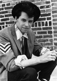 John Hughes Remembered: Jon Cryer (Duckie from 'Pretty in Pink') 80s Movies, Great Movies, I Movie, Movies Showing, Movies And Tv Shows, Jon Cryer, Hip Hop, Music Tv, Music Pics