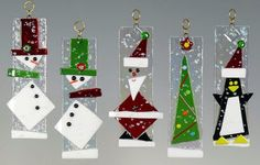 ornaments of fused glass. Glass Christmas Decorations, Stained Glass Christmas, Stained Glass Crafts, Stained Glass Patterns, Glass Christmas Ornaments, Snowman Ornaments, Christmas Ideas, Christmas Tree, Fused Glass Ornaments