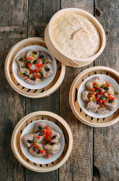 Dim Sum Spare Ribs w/ Black Beans, by thewoksoflife.com