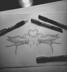 underboob para cliente  #tatts #tattoo #tattoo2me #tatuagem #project #sketch #tattoosketch #desenho #draw #drawing2me #heart #bird #underboob