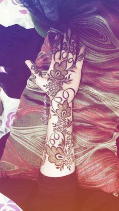 Henna Hand Designs, Indian Henna Designs, Floral Henna Designs, Stylish Mehndi Designs, Mehndi Designs 2018, Mehndi Designs For Girls, New Bridal Mehndi Designs, Beautiful Mehndi Design, Tattoo Designs