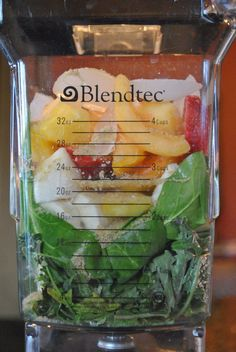 Vedged Out Green Smoothie Challenge great website with printable recipes and plan