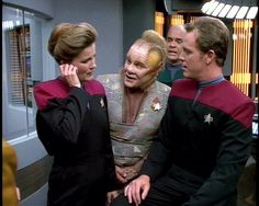 Saved screen caps, unknown source.  Janeway, Neelix, Paris and the Doctor.