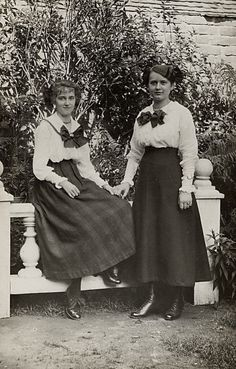 Edwardian skirts